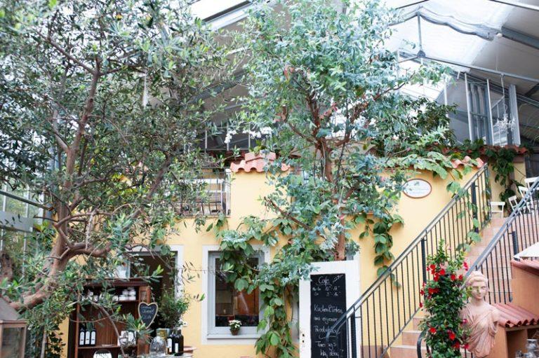 Café im Glashaus